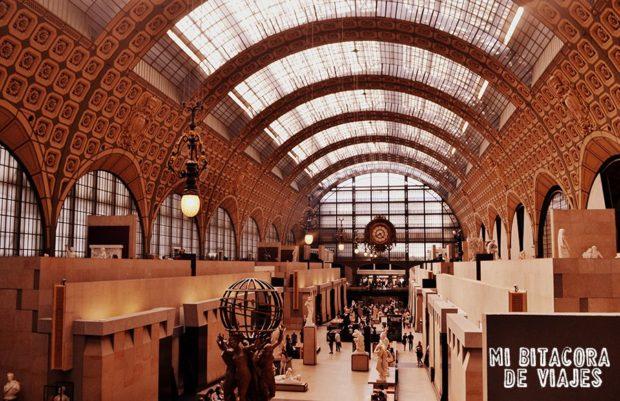 Guía con información útil para viajar a París