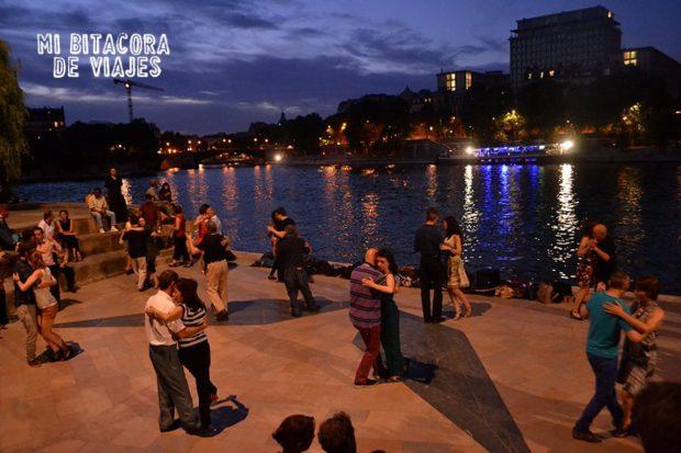 Tango en el Río Sena