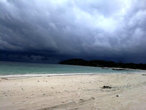 tormenta en Koh lipe